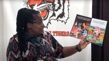 Veronica Williams Payne reads Hog Mollies and Pickle Pie Party