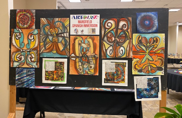 Mansfield Students Art on Display at MOESC