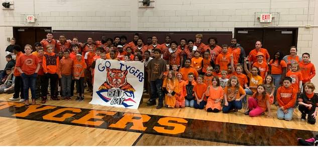 Malabar showing support for our Tyger Football Team